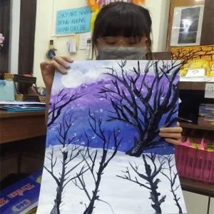 Bé học vẽ tại Sky Art